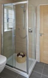 Devis douche calculez le prix de pose d 39 une douche - Prix pose receveur douche ...