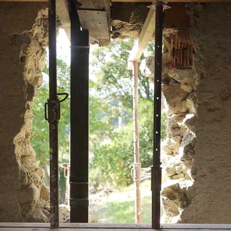 Ouverture d'un mur en pierre