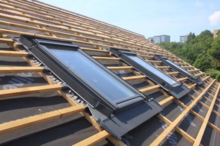 Poser des fenêtres de toit